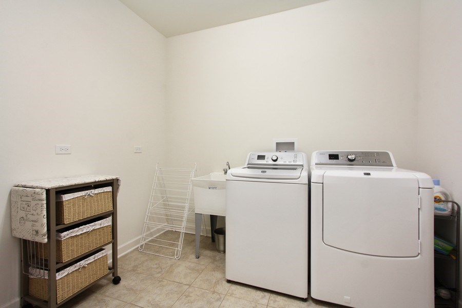Real Estate Photography - 23585 N. Sanctuary Club Drive, Kildeer, IL, 60047 - Laundry Room