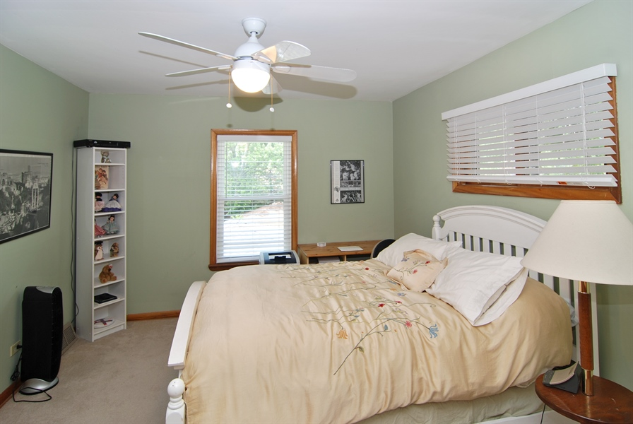 Real Estate Photography - 1025 N Lombard Ave, Oak Park, IL, 60302 - 3rd Bedroom