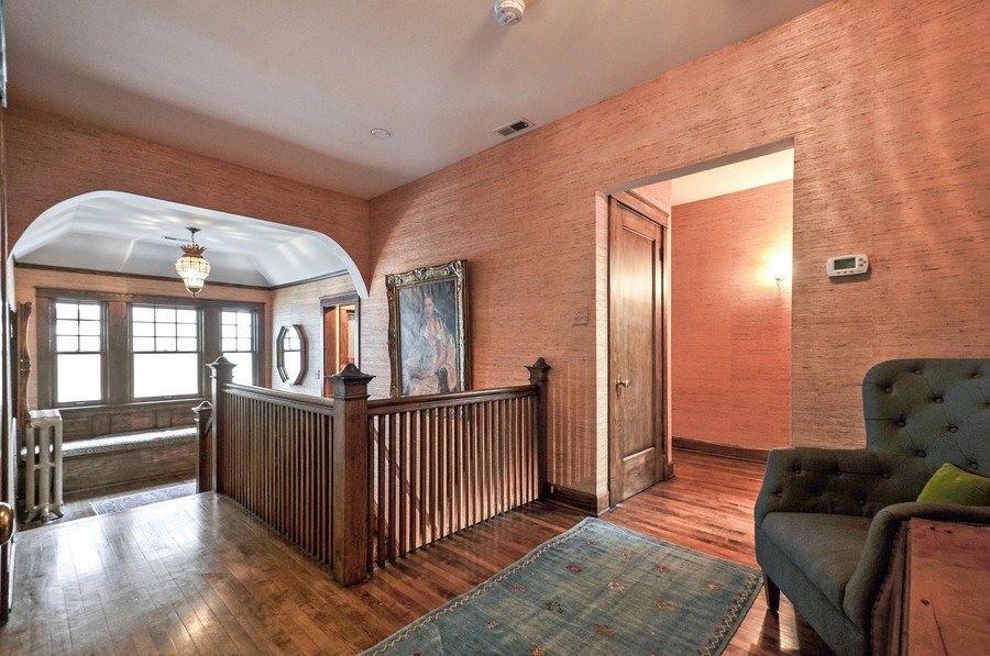 Real Estate Photography - 2041 W Byron, Chicago, IL, 60618 - Hallway