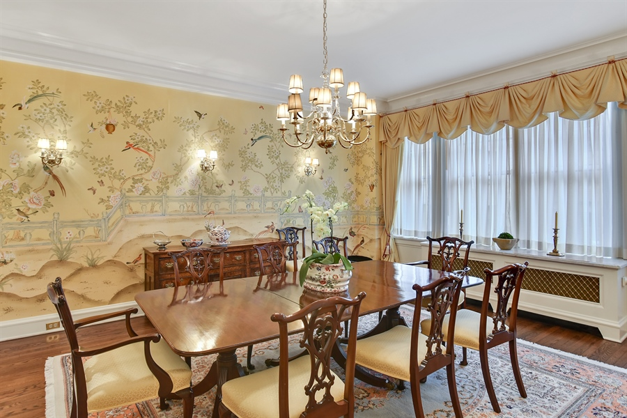 Real Estate Photography - 220 East Walton Place, Unit 9W, Chicago, IL, 60611 - Dining Area