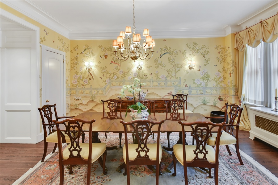 Real Estate Photography - 220 East Walton Place, Unit 9W, Chicago, IL, 60611 - Dining Room