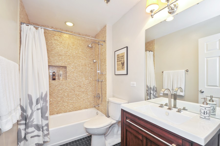 Real Estate Photography - 312 N. May #2IJ, Chicago, IL, 60607 - Bathroom
