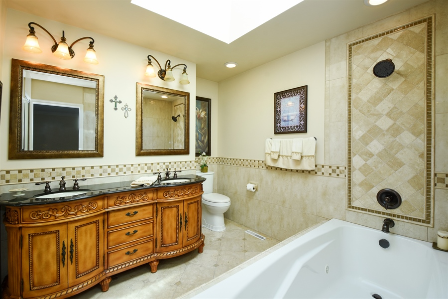 Real Estate Photography - 2 John Dr, Hawthorn Woods, IL, 60047 - Master Bathroom