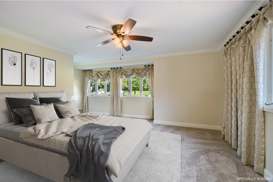 Real Estate Photography - 2 John Dr, Hawthorn Woods, IL, 60047 - Master Bedroom