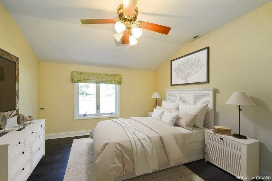 Real Estate Photography - 2 John Dr, Hawthorn Woods, IL, 60047 - Second Bedroom