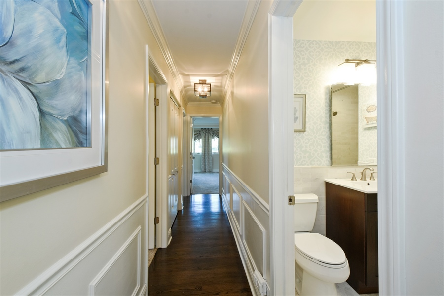 Real Estate Photography - 2 John Dr, Hawthorn Woods, IL, 60047 -