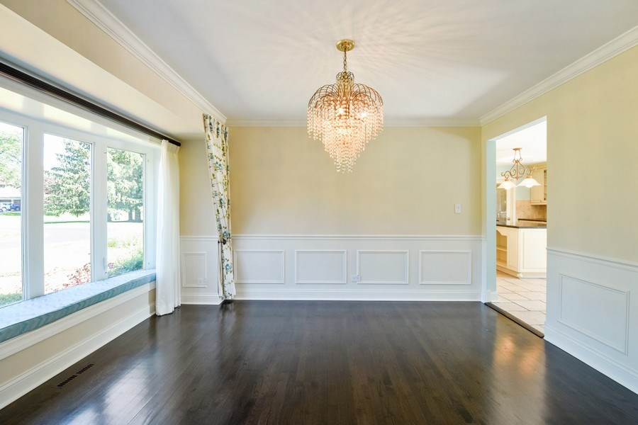Real Estate Photography - 2 John Dr, Hawthorn Woods, IL, 60047 - Dining Room