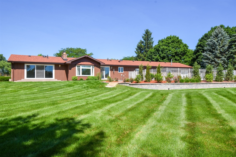 Real Estate Photography - 2 John Dr, Hawthorn Woods, IL, 60047 - Rear View