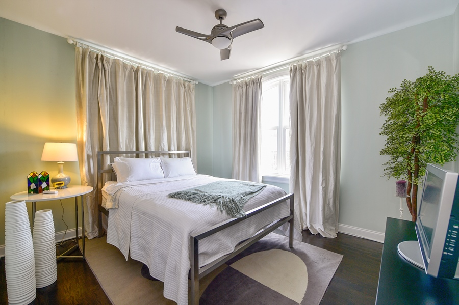 Real Estate Photography - 2340 W Wabansia, D, Chicago, IL, 60647 - Fourth Bedroom