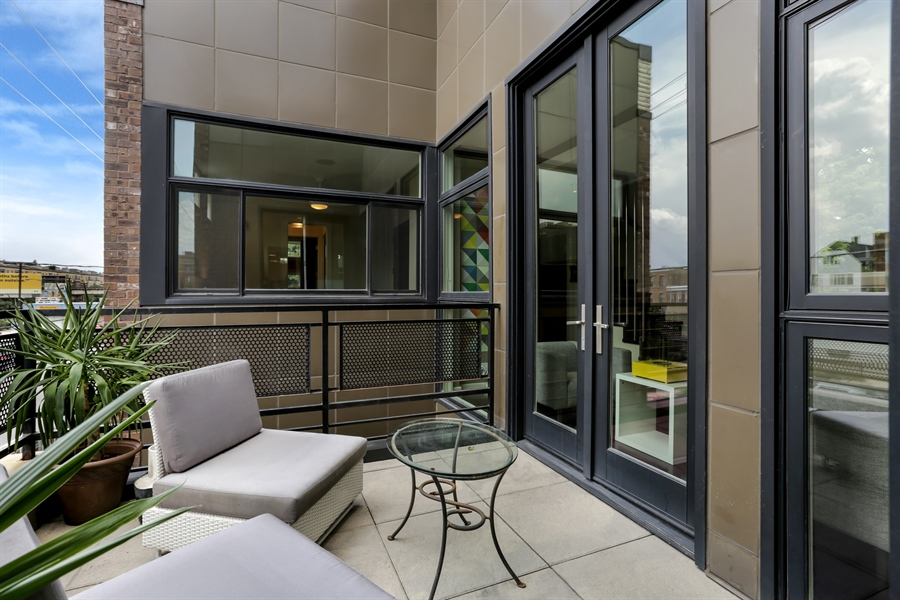 Real Estate Photography - 1544 West Henderson Street, Chicago, IL, 60657 - Second Level Patio