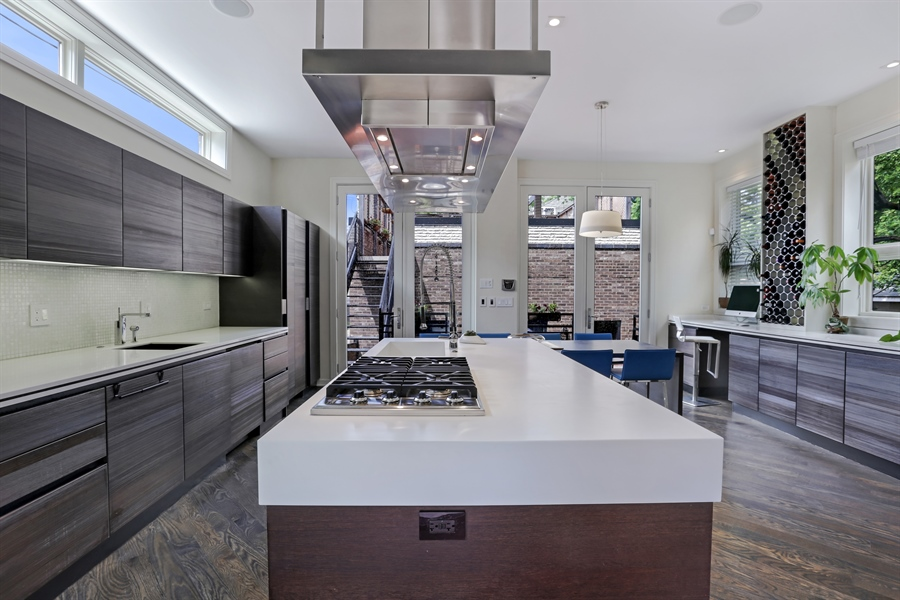 Real Estate Photography - 1544 West Henderson Street, Chicago, IL, 60657 - Kitchen - 5th View