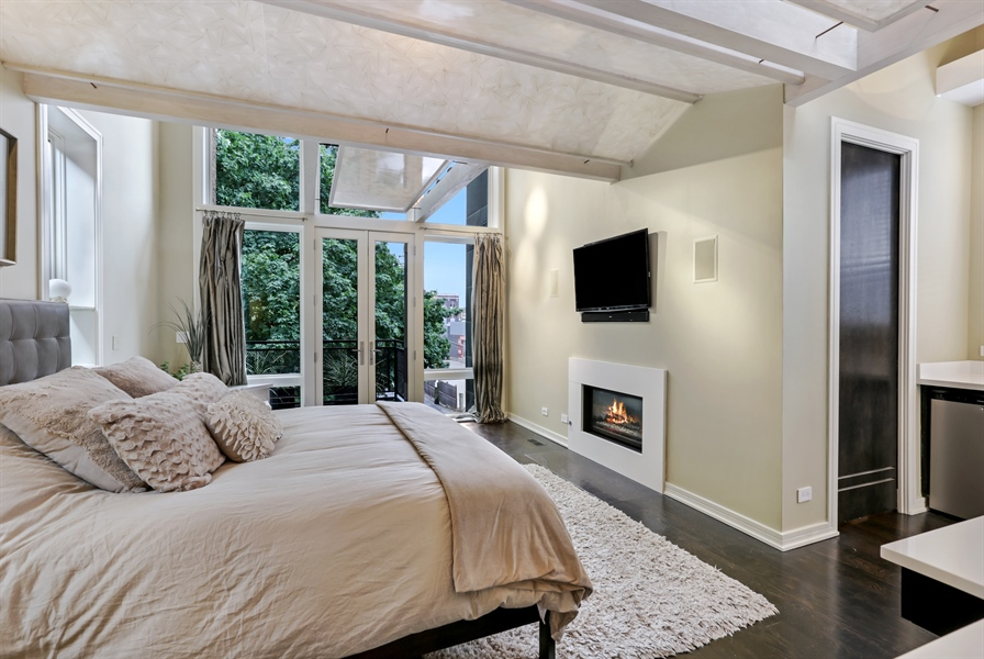 Real Estate Photography - 1544 West Henderson Street, Chicago, IL, 60657 - Master Bedroom View 2
