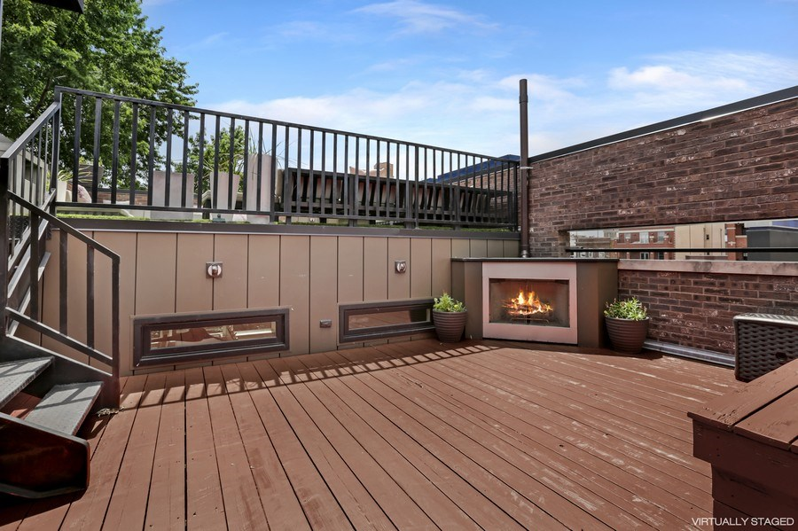 Real Estate Photography - 1544 West Henderson Street, Chicago, IL, 60657 - Front Lower Roof Deck