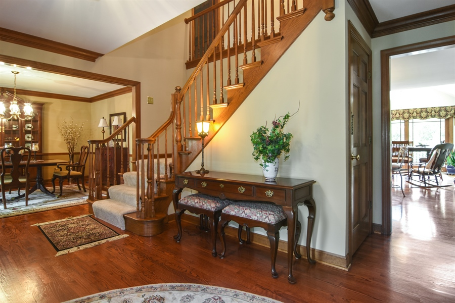 Real Estate Photography - 6 university, Hawthorn Woods, IL, 60047 - Foyer