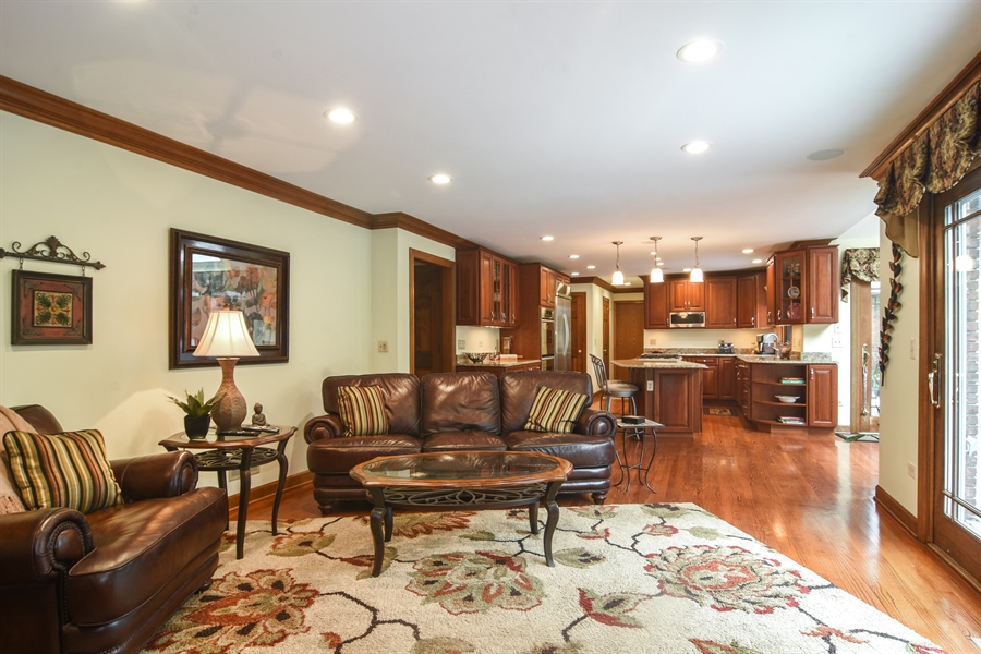 Real Estate Photography - 6 university, Hawthorn Woods, IL, 60047 - Family Room / Kitchen