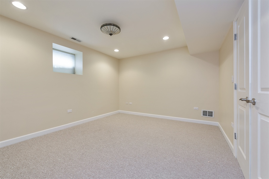 Real Estate Photography - 2310 N Leavitt, G, Chicago, IL, 60647 - 2nd Bedroom