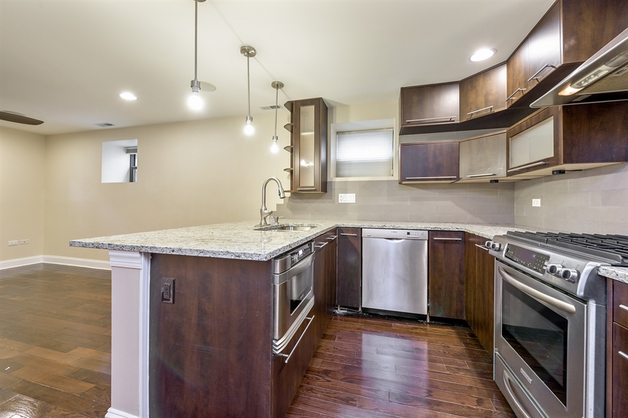 Real Estate Photography - 2310 N Leavitt, G, Chicago, IL, 60647 - Kitchen