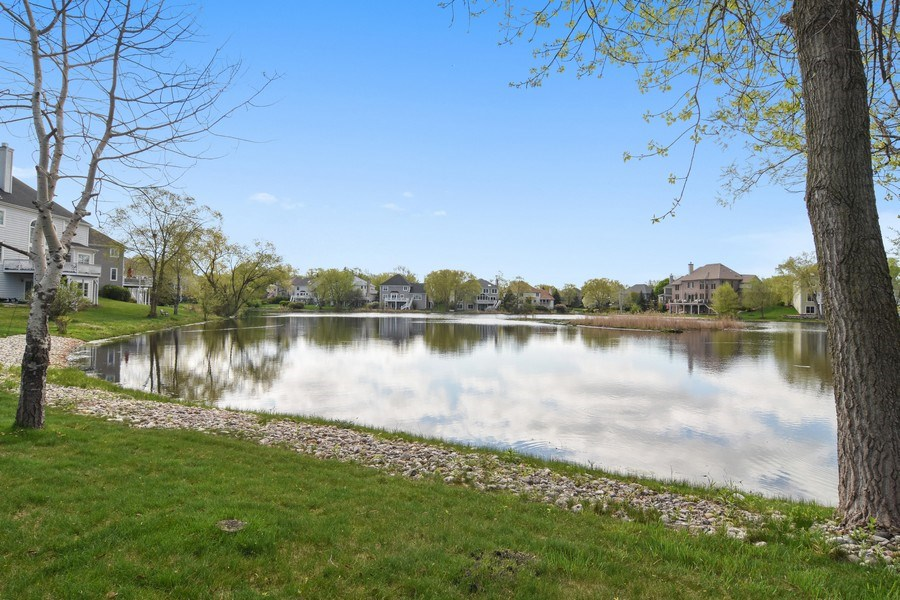 Real Estate Photography - 1265 N. Lakeview Drive, Palatine, IL, 60067 - Location 2