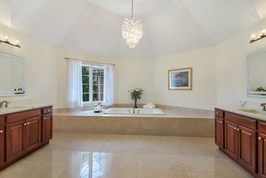 Real Estate Photography - 1265 N. Lakeview Drive, Palatine, IL, 60067 - Master Bathroom