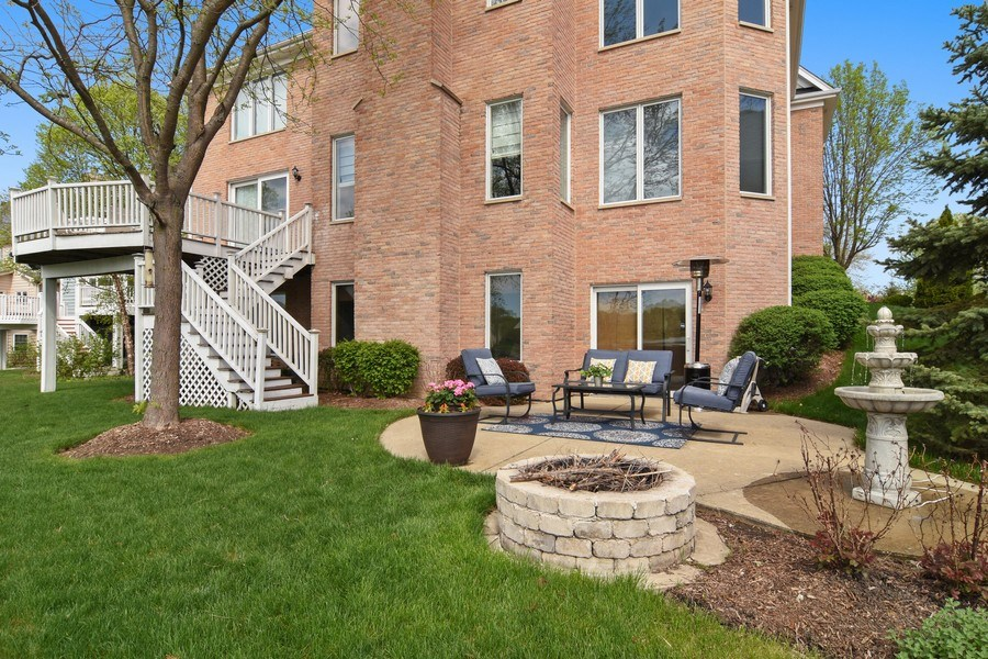 Real Estate Photography - 1265 N. Lakeview Drive, Palatine, IL, 60067 - Rear View