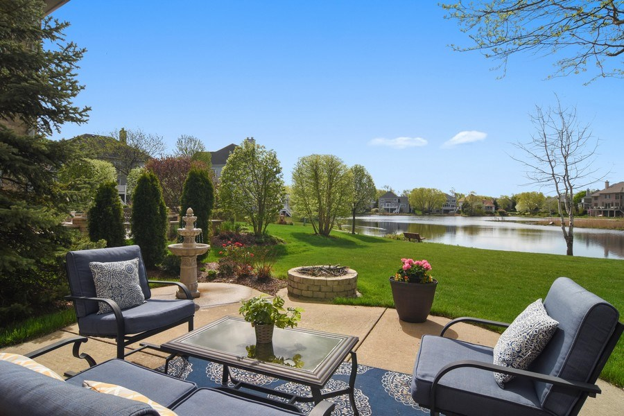 Real Estate Photography - 1265 N. Lakeview Drive, Palatine, IL, 60067 - Lake View