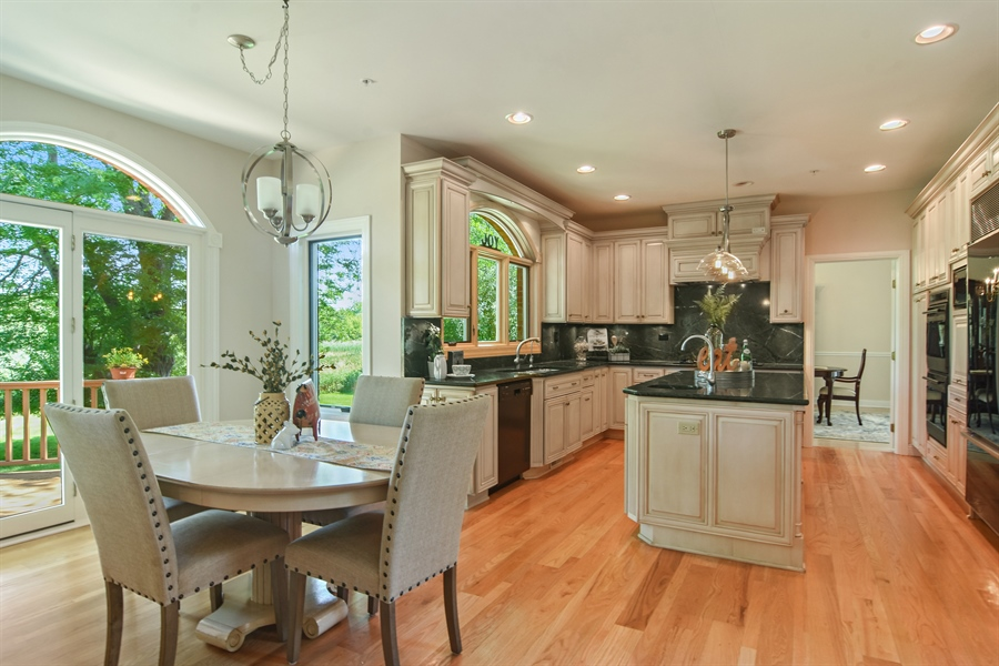 Real Estate Photography - 6255 Pine Tree Drive, Long Grove, IL, 60047 - Kitchen / Breakfast Room