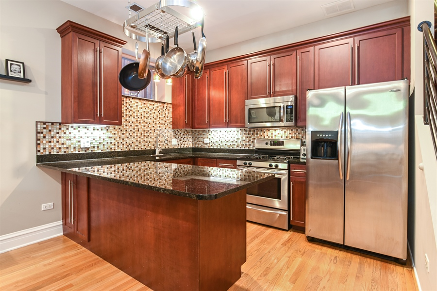 Real Estate Photography - 4226 N. Ashland Ave., 1A, Chicago, IL, 60613 - Kitchen