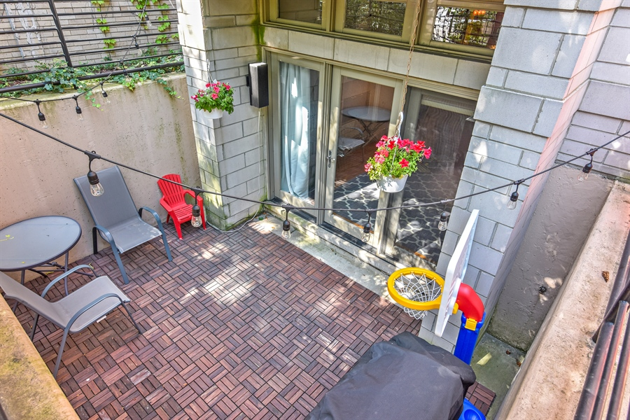 Real Estate Photography - 4226 N. Ashland Ave., 1A, Chicago, IL, 60613 - Patio