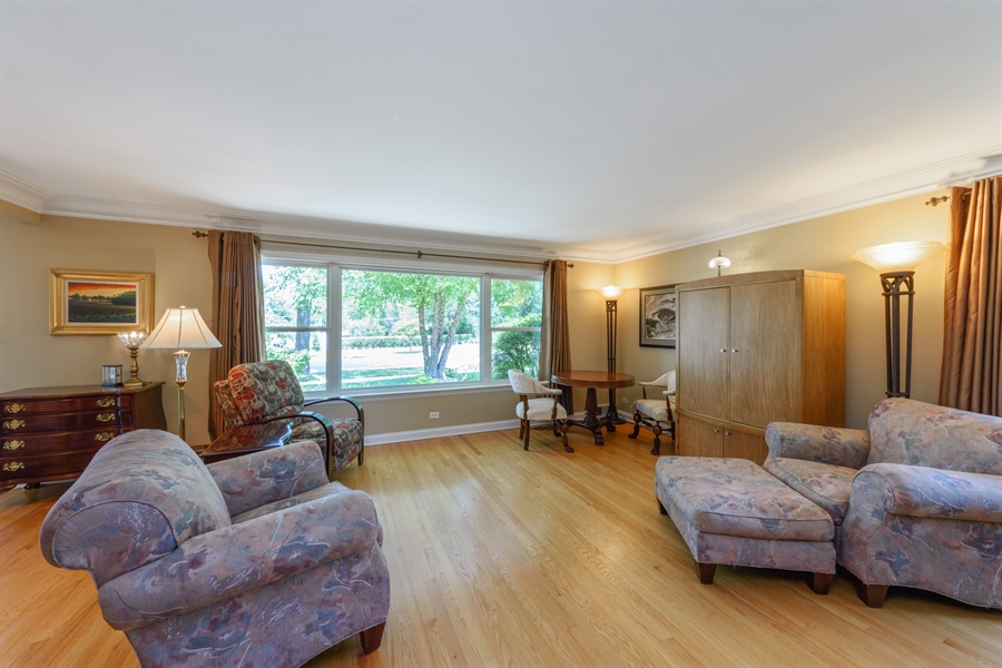 Real Estate Photography - 619 W Fairview, Arlington Heights, IL, 60005 - Living Room
