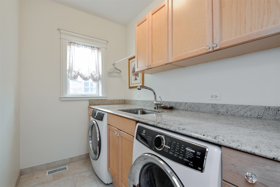 Real Estate Photography - 1232 Wellington, Chicago, IL, 60657 - Laundry Room