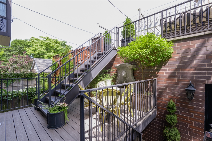 Real Estate Photography - 1232 Wellington, Chicago, IL, 60657 - Deck