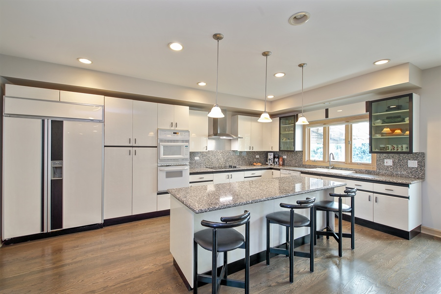 Real Estate Photography - 4307 Westview Dr, Northbrook, IL, 60062 - Kitchen