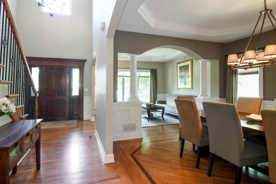 Real Estate Photography - 309 N Owen, Mount Prospect, IL, 60056 - Foyer