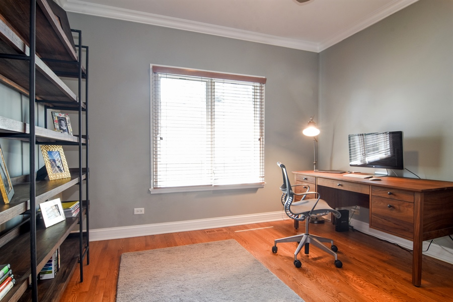 Real Estate Photography - 309 N Owen, Mount Prospect, IL, 60056 - Office