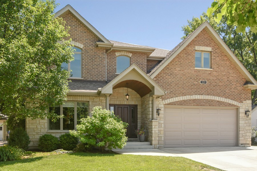 Real Estate Photography - 309 N Owen, Mount Prospect, IL, 60056 - Front View