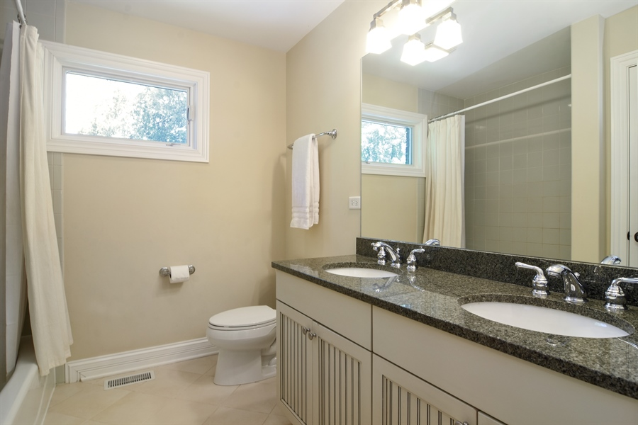 Real Estate Photography - 309 N Owen, Mount Prospect, IL, 60056 - Bathroom