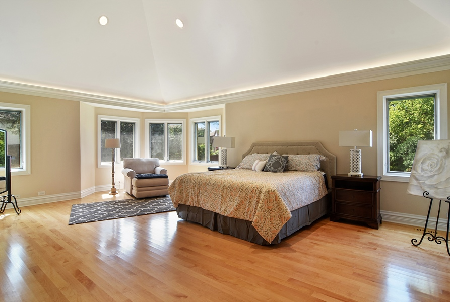 Real Estate Photography - 2227 W Lincoln St., Mount Prospect, IL, 60056 - Master Bedroom