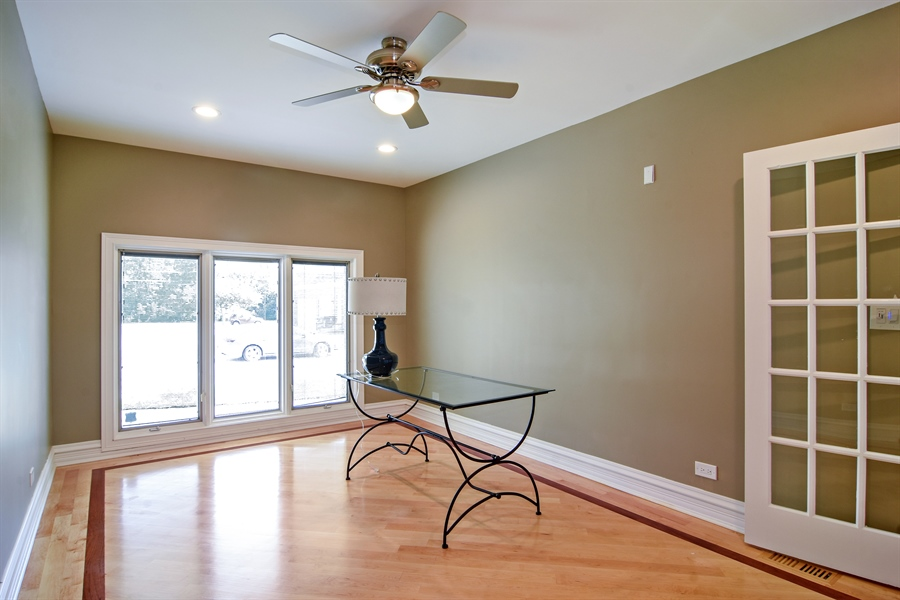 Real Estate Photography - 2227 W Lincoln St., Mount Prospect, IL, 60056 - Office