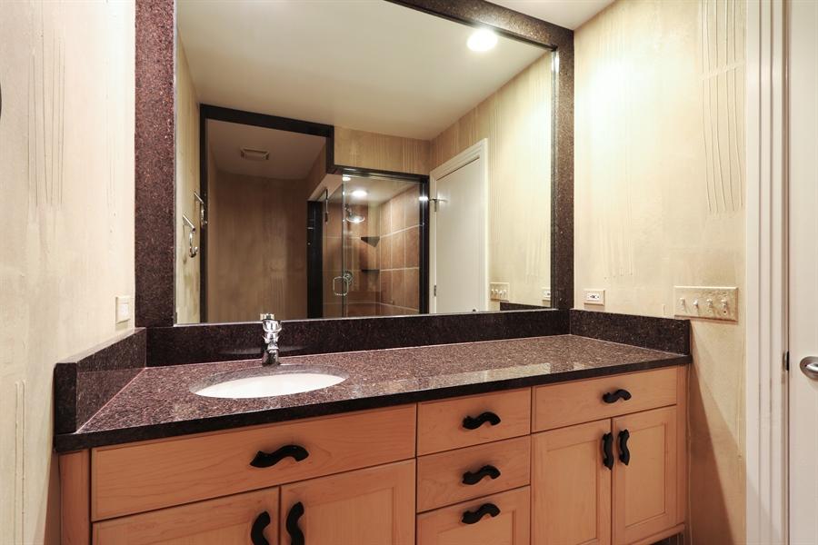 Real Estate Photography - 9 Bannockburn Ct, Bannockburn, IL, 60015 - 2nd Floor Hall Bath