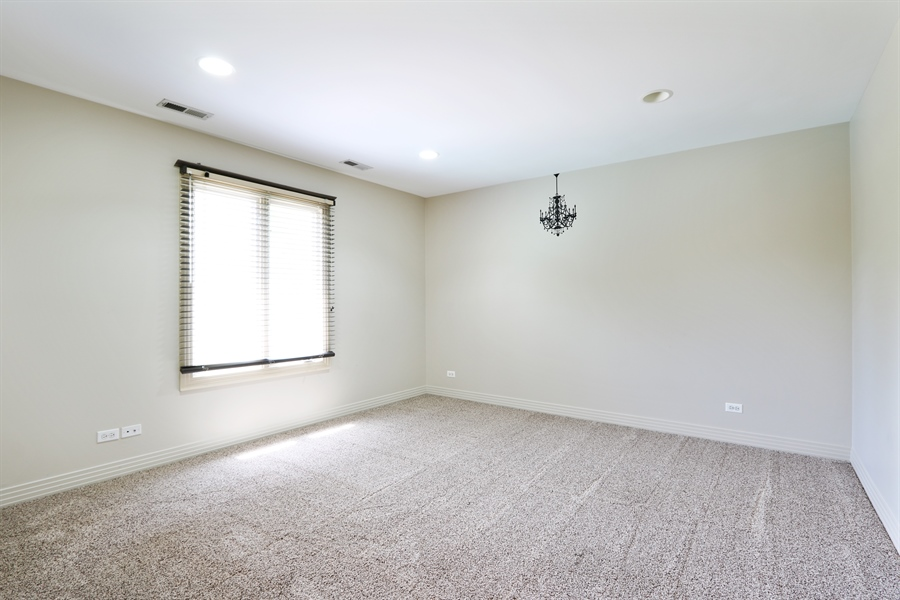 Real Estate Photography - 9 Bannockburn Ct, Bannockburn, IL, 60015 - 3rd bedroom