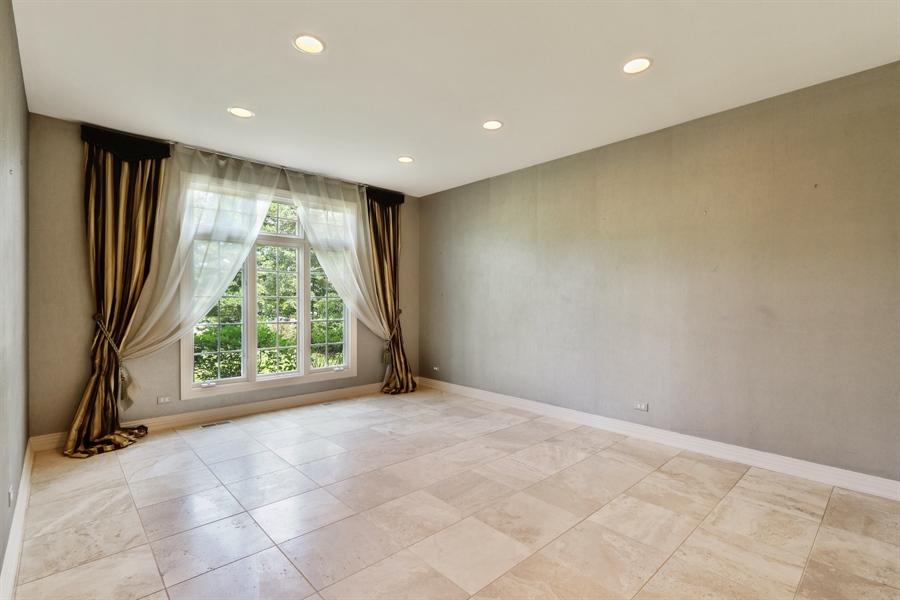 Real Estate Photography - 9 Bannockburn Ct, Bannockburn, IL, 60015 - Dining Room