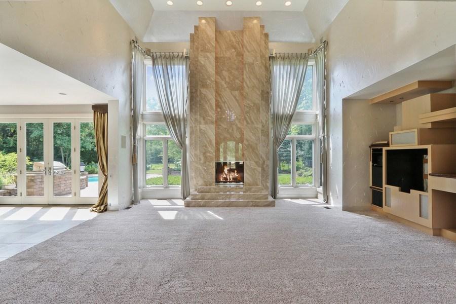 Real Estate Photography - 9 Bannockburn Ct, Bannockburn, IL, 60015 - Family Room
