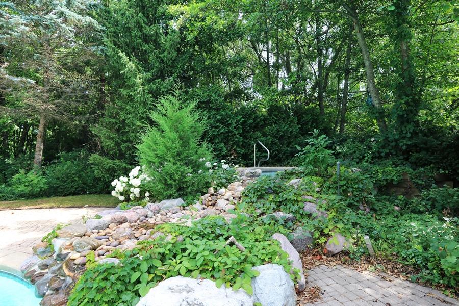 Real Estate Photography - 9 Bannockburn Ct, Bannockburn, IL, 60015 - Hot Tub With Water Fall