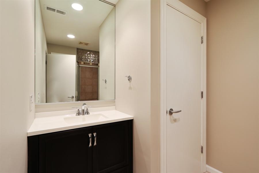 Real Estate Photography - 9 Bannockburn Ct, Bannockburn, IL, 60015 - Basement Bath