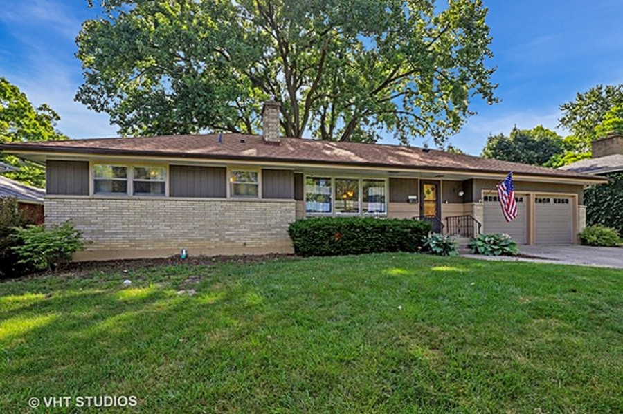 Real Estate Photography - 757 Lincoln Ave, Lake Bluff, IL, 60044 -