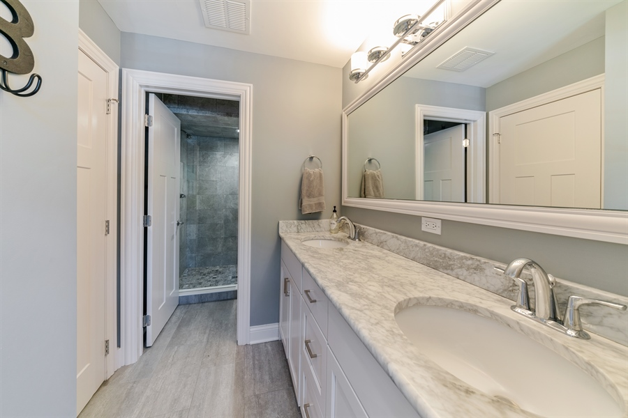 Real Estate Photography - 201 S Monroe St, Hinsdale, IL, 60521 - 3rd Bathroom