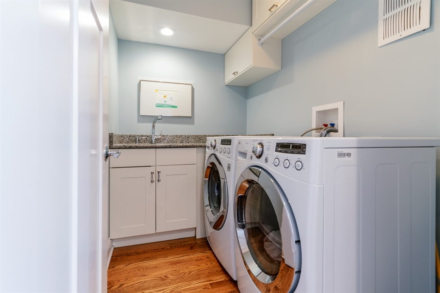 Real Estate Photography - 201 S Monroe St, Hinsdale, IL, 60521 - Laundry Room