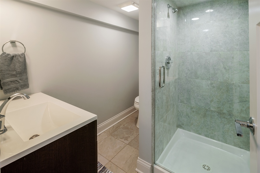 Real Estate Photography - 201 S Monroe St, Hinsdale, IL, 60521 - 2nd Bathroom