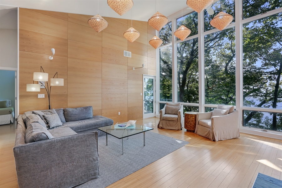 Real Estate Photography - 13726 Suns End, Harbert, MI, 49115 - Living Room