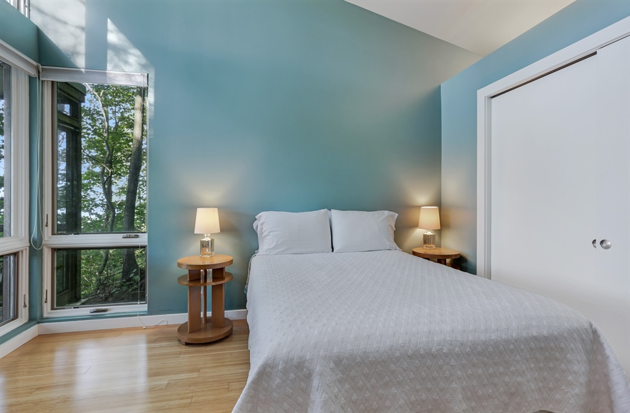 Real Estate Photography - 13726 Suns End, Harbert, MI, 49115 - Guest Room